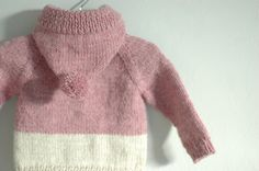 baby knits! baby knits! i wanna make all kinds of tiny knits for all my preggers friends!