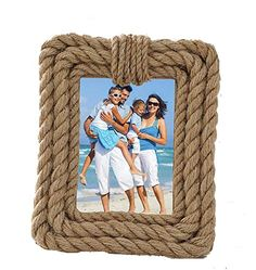 Idea for a small nautical rope picture frame. Wrap it!