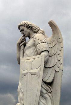 Изготовление монументальной скульптуры в Киеве, от производителя. Цены на скульптуру - доступные. Заказать скульптуру в Киеве, вы можете в офисе ЧП Прядко.