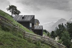 Gallery of Alpine Cabins / pedevilla architekten - 8
