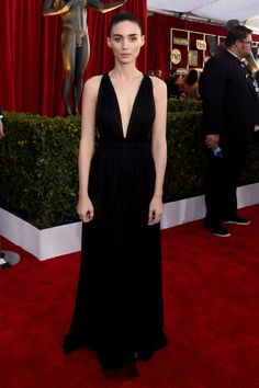 See all of the best red carpet arrivals from last night's 2016 SAG Awards: Rooney Mara