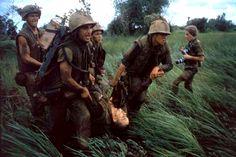Larry Burrows - Hill 484, Vietnam, October 1966