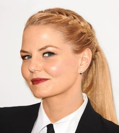 Actress Jennifer Morrison's hairstylist, Marissa Marino, gives the step-by-step for a French braid with an American twist. - glamour.com