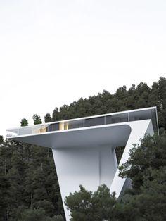 Modern Architecture House, Facade Architecture, Amazing Architecture, Dream Home Design, Modern House Design, Minimal Home, Unique Buildings, Villa Design, Minimalist Home