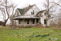 Abandoned Farmhouse MO Ozarks Pic By Sara Layne of Sweet Magnolias Farm