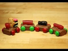 ▶ Make candy TINY TEDDY TRAIN chocolate - lolly buffet or cupcake or kids cake topper - YouTube