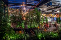 Craving a boozy cocktail or beer that's delicious to boot? Check out our picks for the best outdoor bars in NYC for fall.