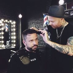 ✨✨ @stefanoterzuolo @maximsap #gumbarbershop #gumforgents #milan #ticinese #barber #barberlife #barbershop #tattoo #naturalproduct #hair #hairstyle #haircut #fashion #shorthair #style #hairoftheday #hairideas #coolhair