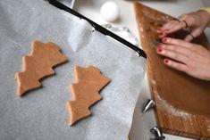 Vyskúšali ste mnoho receptov a perníčky vždy boli ako kameň?Vyskúšajte tento... Gingerbread Cookies, Desserts, Food, Bakken, Gingerbread Cupcakes, Tailgate Desserts, Deserts, Essen, Postres