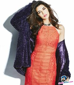 Picture # 58615 of Kriti Sanon with high quality pics,images,pictures and photos. Bollywood Girls, Bollywood Actors, Bollywood Fashion, Bollywood Celebrities, Beautiful Bollywood Actress, Beautiful Actresses, Indian Wife, Girl Outfits, Fashion Outfits