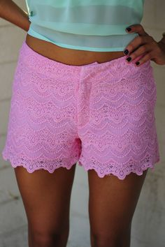 She's So Sweet Lace Shorts: Pink