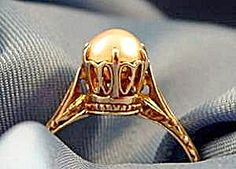 Antique Pearl Ring ~ 14K Yellow Gold ~ Size 6.5. Click on the image for more information.