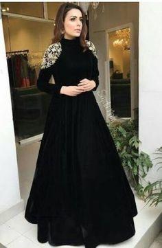 <img> Black tapeta silk embroidered partywear gown Source by - Fashion Vestidos, Fashion Dresses, Women's Fashion, Pakistani Dresses, Indian Dresses, Sabyasachi Gown, Anarkali Dress, Moda India, Mode Abaya