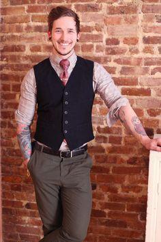 Outfit Details:  Button-up: c/o Fischer Clothing  Tie: Vintage  Vest: Vintage  Pants: H  Belt: Perry Ellis  Tie Bar: Rugby by Ralph Lauren