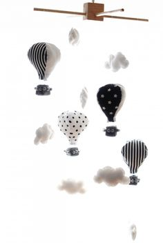 KARUZELA/MOBIL NAD ŁÓŻECZKO - balony od dokwadratu