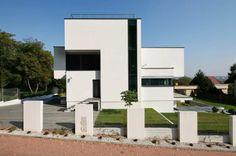 XV House / RS + Robert Skitek