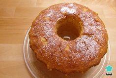 Aprende a preparar torta de naranja húmeda con esta rica y fácil receta. El bizcocho de naranja es uno de los grandes clásicos, junto con la torta de zanahoria, el... Mojito, Cupcake Cakes, Cupcakes, Pan Dulce, American Food, Empanadas, Sin Gluten, Cakes And More, Christmas Desserts