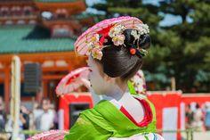 https://flic.kr/p/GjadiM | Heian Shrine: Reisai Festival in Kyoto.