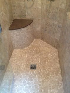 Custom Tile Shower, like the curved bench in the corner Shower Seat, Shower Tile, Curved Bench, Shower Seats, Tile Backsplash Bathroom, Home Remodeling, Beach House Bathroom, Custom Tile Shower, Bathrooms Remodel