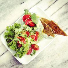 Popocat'epetl Guacamole simply raw style #organic #lifestyle #rawvegan Organic Lifestyle, Vegan Sweets, Raw Vegan, Avocado Toast, Guacamole, Bakery, Breakfast, Food, Morning Coffee