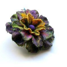 Felt Flower Brooch Green Flower Felted Brooch by albado on Etsy