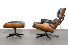 Rosewood Eames Lounge Chair and Ottoman by Herman Miller /Vitra