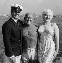 Tony Curtis and Marilyn with Catalina Island's own Duke Fishman (lifeguard and the island's official greeter pictured in the middle) who was an extra in Some Like It Hot, 1958.
