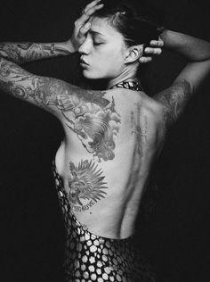 black-reverie: Ira in vintage Dior Hannah Sider © Tattoo Girls, Girl Tattoos, Tattoos For Women, Henna Tattoo Hand, Real Tattoo, Dark Tattoo, Pin Up Tattoos, Body Art Tattoos, Graphic Design Tattoos