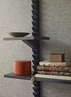 Feines Muster: Tapete Fritiof von Sandberg #wohnzimmer #design