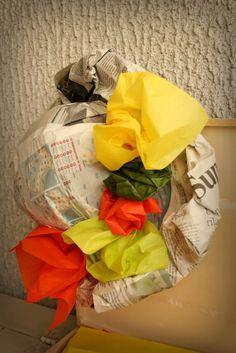a casa di eli per l'ora del tè: Cappelli di carta per una festa di primavera