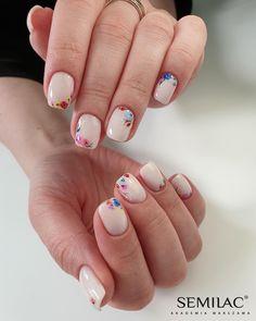 Wedding Nails-A Guide To The Perfect Manicure – NaiLovely Nail Art Hacks, Accent Nails, Nail Manicure, Gel Nails, Cute Nails, Pretty Nails, Nagel Gel, Flower Nails, Perfect Nails