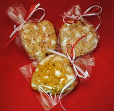BROWN RICE CRISPY TREATS - The deli at VALLEY NATURAL FOODS has taken their popular brown rice crispy treats and made them heart shaped! Great valentine idea for the kids - and even the adult in your life! www.valleynaturalfoods.com