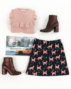 Taxi, chase those tigers!    Running after our favorite look for today: jumper, boots and skirt available on www.lazzarionline.net and in our stores. #Lazzari #LazzariStore #LazzariGirl #NewYork #jacquard #tigers