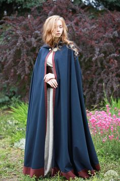 "Cotton Cloak in Dark Blue ""Secret Garden"""