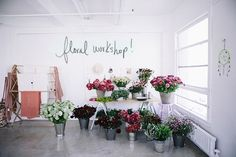 DLF + MOON CANYON FLORAL WORKSHOP