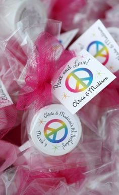 "Why choose one when you can have all. of. the. colors? Make a rainbow connection with these rainbow birthday party favors. Cute lip balms with your personal details help your birthday kid share with her favorite people. Click to see how we can help make your favors perfect. One recent customer said, ""I received the favors for my daughter's birthday and absolutely LOVE them! They are perfect!"" #rainbowparty, #kidsbirthday, #birthdayparty, #partyfavors Rainbow Party Favors, Spa Party Favors, Kids Spa Party, Party Favors For Kids Birthday, Spa Birthday Parties, Pamper Party, Bachelorette Party Favors, Theme Parties, Rainbow Birthday"