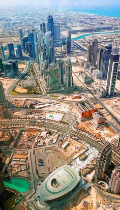 Ariel View Of Dubai In The Uae You Can Get This Incredible View By Going