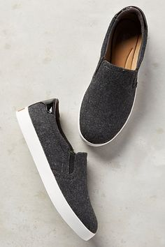 These shoes are stylish, comfortable, and neutral.  It'll go great with an athleisure outfit.