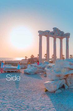 Letovisko Side, jedno z najznámejšich stredísk Tureckej riviéry, láka dovolenkárov krásnymi pieskovými plážami, exkluzívnymi rezortami, nočným životom, nákupnými možnosťami a unikátnymi archeologickými pamiatkami. One Moment, Bratislava, Sea World, Antalya, Marina Bay Sands, Palm Beach, Taj Mahal, Building, Top