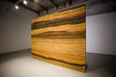 A beautiful example of a rammed earth wall. So pretty it had to be placed in an art gallery. Rammed Earth Homes, Rammed Earth Wall, Super Adobe, Tadelakt, Construction, Sustainable Architecture, Interior Design Tips, Autumn Home, Exterior Paint