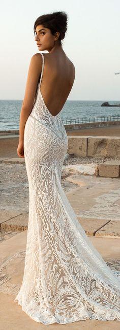 Fall Wedding Dresses 2017 GALA III by Galia Lahav / http://www.himisspuff.com/galia-lahav-fall-2017-wedding-dresses/6/