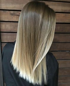 87 unique ombre hair color ideas to rock in 2018 - Hairstyles Trends Blonde Hair Looks, Ash Blonde Hair, Hair Color Balayage, Hair Highlights, Balayage Blond, Bayalage, Cabelo Ombre Hair, Medium Hair Styles, Short Hair Styles