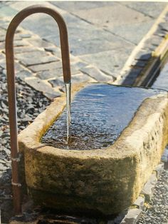Why You Should Invest In Simple Water Features For Your Home Garden – Pool Landscape Ideas Pond Design, Landscape Design, Garden Design, Small Water Features, Water Features In The Garden, Garden Stream, Water Garden, Garden Pond, Back Gardens