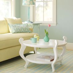 A mix of pastels can brighten a room | Maine Cottage