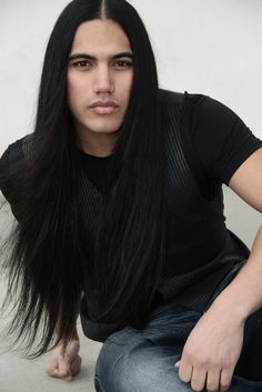 Native Men with Long Hair Native American Male Models, Native American Images, Native American Beauty, Beautiful Men Faces, Gorgeous Men, Beautiful People, Good Looking Men, Male Beauty, Portraits