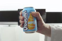 Latinha de refrigerante vira controle remoto e desliga TV que mostra futebol - Blue Bus