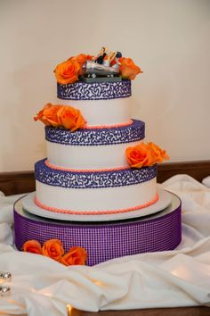 hydrangea and orange lily wedding cake - Google Search | Wedding ...