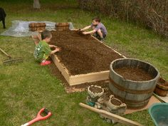 Planting a Sq Ft #Garden as a #Homeschooling project or #FamilyFun