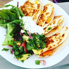 Smoky sweet potato and corn quesadillas with avocado salsa and soured cream - easy vegetarian dinner Easy Vegetarian Dinner, Easy Dinner Recipes, Vegetarian Recipes, Dinner Ideas, Tomato Relish, Spicy Tomato Sauce, Veggie Fries, Veggie Stir Fry, Pulled Chicken Tacos