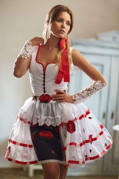 Mint a Mátka Kollekció 2017 - Bélavári Zita Couture Super Cute Dresses, Nice Dresses, Victorian Goth, Fashion Beauty, Womens Fashion, Cute Girl Outfits, Yukata, Ao Dai, Classy Women